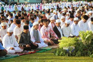 Bagaimana Hukum Shalat Jumat dan Shalat Zhuhur Ketika Idul Fitri atau Idul Adha jatuh pada Hari Jumat?