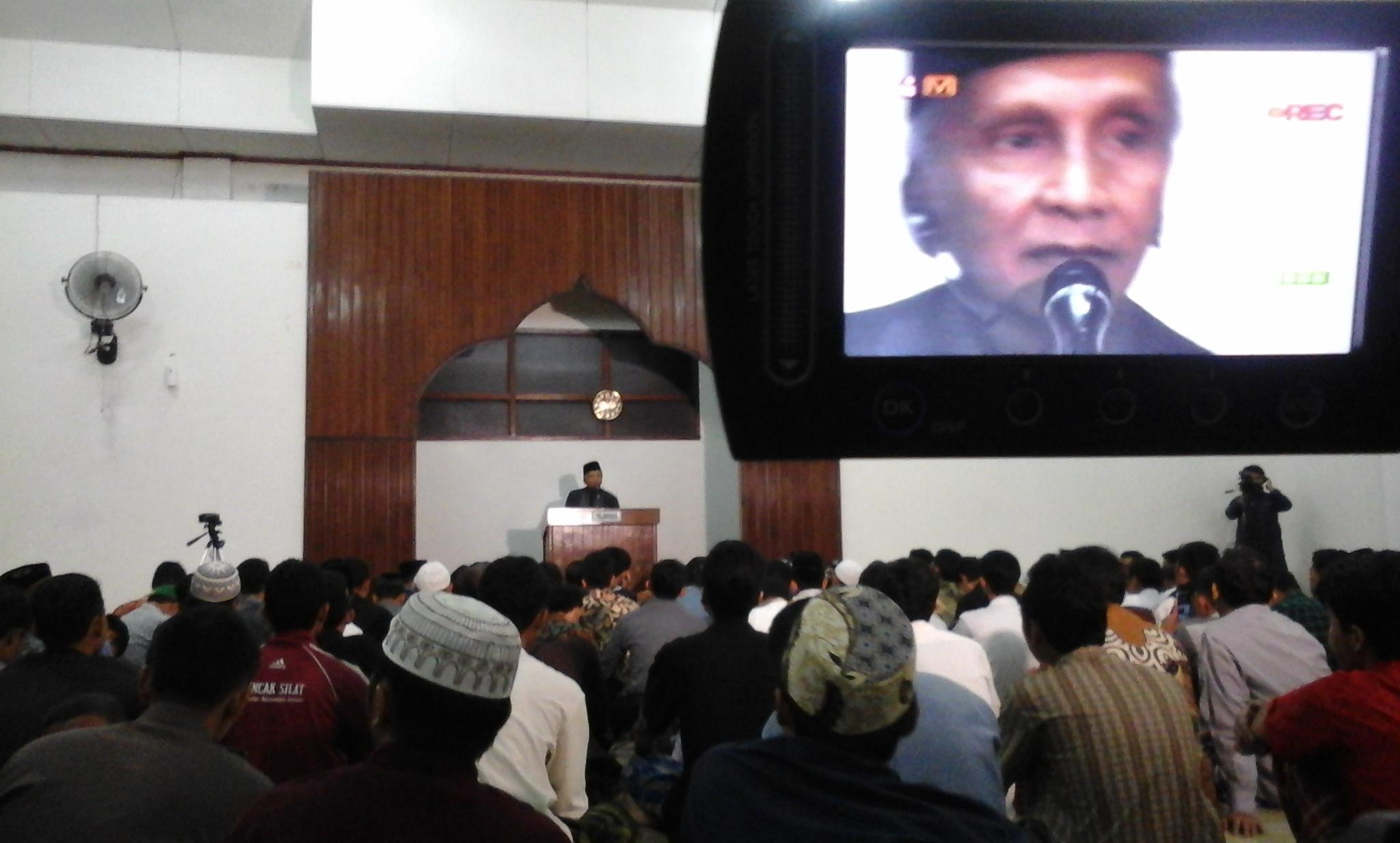 Peringatkan Jokowi, Amien Rais: Jangan Memberi Angin Kebangkitan PKI