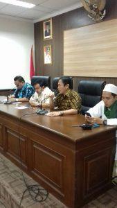 FPI beserta Kiayi Serang Sambangi Walikota dan DPRD yang Tertekan