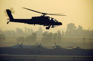 Helikopter Tempur Apache AS Pertama Kalinya Digunakan untuk Serang IS di Irak