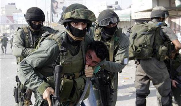 Pasukan Zionis Tahan 3.000 Lebih Warga Palestina