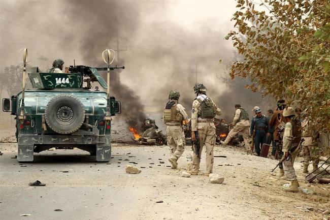 Serangan Istisyhad Taliban Bunuh 13 Pasukan AS dan Lukai 11 Lainnya