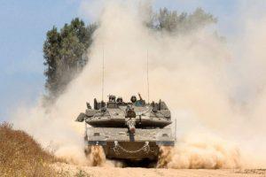 Tank-tank Israel Gempur Posisi Hamas di Gaza