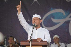 'Copot Menkopolhukam Wiranto dan Kapolri Tito!'