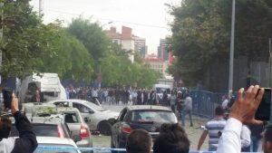 Kantor Polisi di Istanbul Dihantam Bom Motor