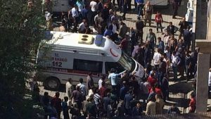 Serangan Bom Truk Bunuh 10 Pasukan Turki