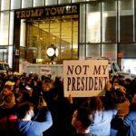 Kemenangan Donald Trump Diprotes Ribuan Warga di New York
