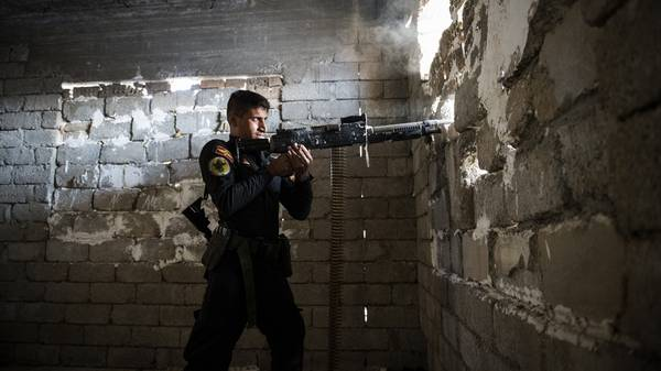 Pertempuran Jalanan Berkobar di Kota Mosul