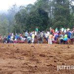 Warung Ikhlas MDS Bagikan Makan Gratis dalam Gotong Royong Warga di Desa Blumbang