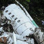 Pesawat Komersil Pembawa Tim Sepak Bola Brasil Jatuh, 76 Tewas