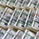 Nilai Tukar Rupiah Tembus 15.200 Per Dolar AS