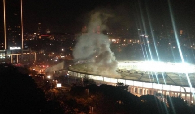 3 Serangan Bom Hantam Stadion Sepak Bola Istanbul, 38 Tewas
