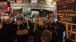 Ribuan Demonstran Anti Donald Trump Bentrok dengan Polisi saat Pelantikan Presiden