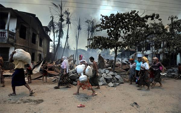 18.500 Pengungsi Muslim Rohingya Banyak yang Sakit dan Menderita Luka Tembak