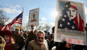 Unjuk Rasa atas Larangan Imigrasi Muslim oleh Donald Trump Meningkat
