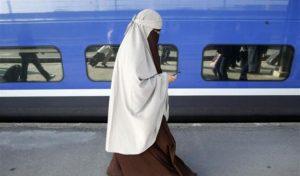 Peneliti Senior: Undang-undang Larangan Cadar Austria akan Picu Hina Muslimah di Jalan