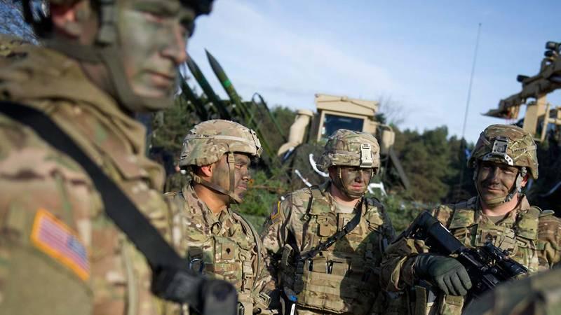 NATO Mulai Latih Tentara Irak