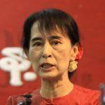 Aung San Suu Kyi Memohon Oposisi Tandatangani Gencatan Senjata