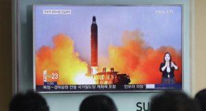Korea Utara Tantang Donald Trump dengan Uji Rudal Balistik