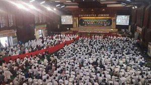 4000 Umat Jember Zikir dan Doa Dukung Ulama