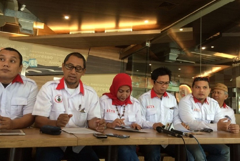 ACTA Ingatkan Pengacara Ahok Tak Intimidasi Habib Rizieq di Sidang Besok