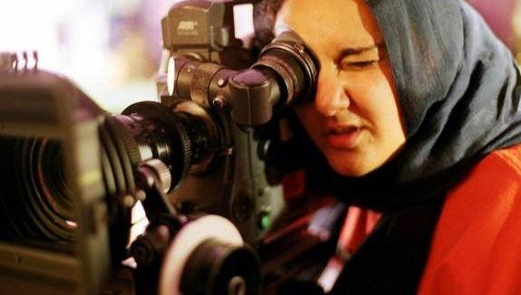 Seorang Muslimah Pembuat Film 'Amerika Berjilbab' Memecah Stereotip Kelompok Islamophobia