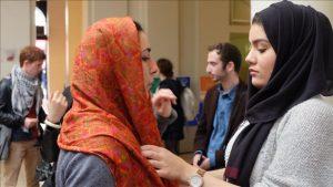 Muslimah Ukraina Adakan Workshop Hijab Pertama Kali