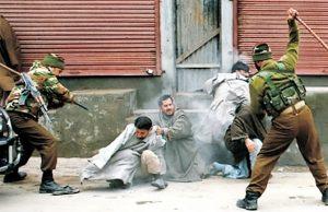 Selama 2 Dekade, Baru Ini India Hentikan Serangan pada Muslim Kashmir karena Ramadhan
