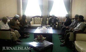 Umat Islam Tolak Kedatangan Tokoh Syiah di IAIN Surakarta