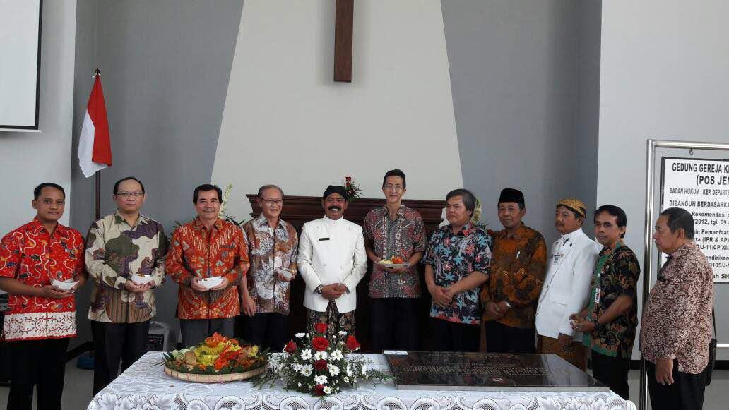 Meski Ditolak Warga, Wali Kota Solo Malah Resmikan Gereja Busukan Surakarta