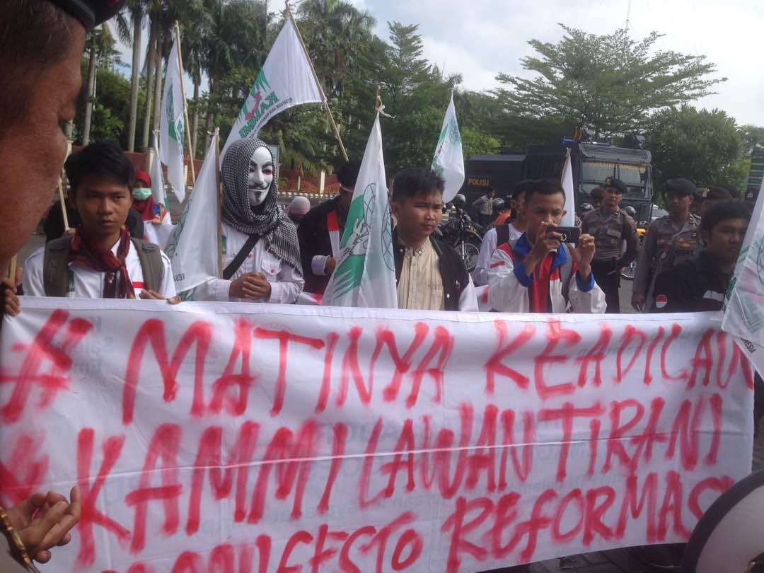 'Demo Malam Hari, Pendukung Ahok Dibiarkan, Mahasiswa KAMMI Ditindak'