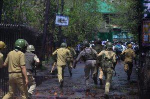 AD India: Seharusnya Pemrotes Kashmir Bukan dengan Batu agar Bisa Kami Bantai