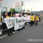 Unjuk Rasa Mahasiswa 'Sambut' Safari Ramadhan Presiden di Tasikmalaya