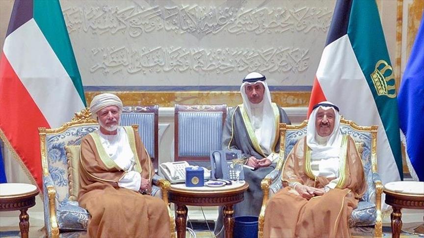 Bahas Krisis Qatar, Amir Kuwait dan Menlu Oman Adakan Pembicaraan Tertutup