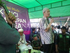 Ribuan Jamaah Hadiri Kajian Ustadz Felix Siauw di Solo