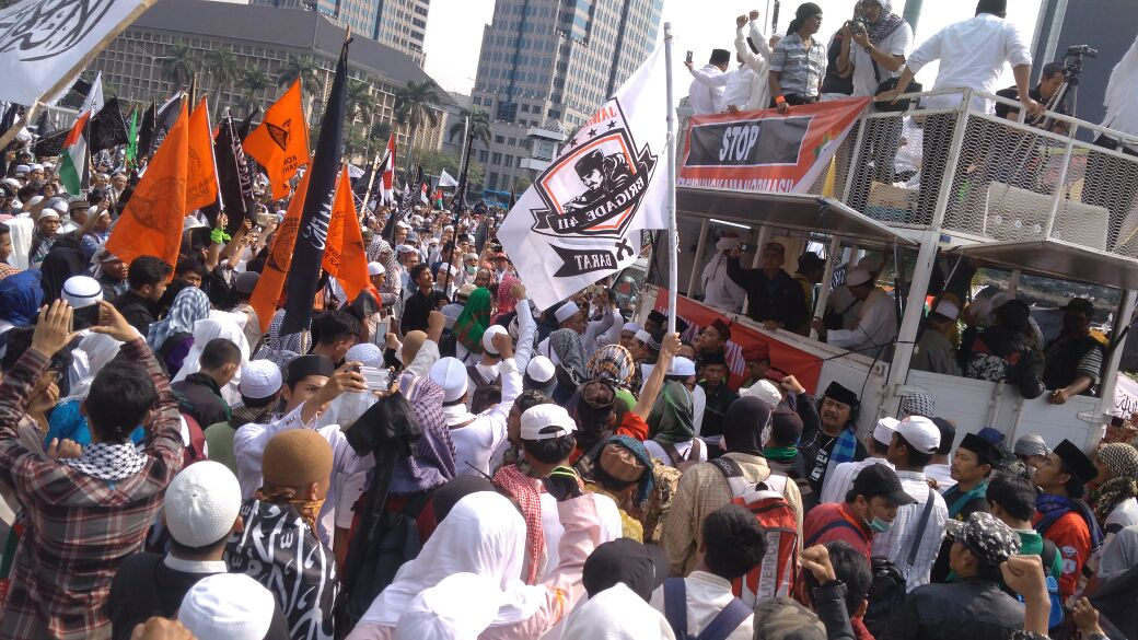 Hundreds of Thousands of Muslims Join Action 287 Reject Community Organs