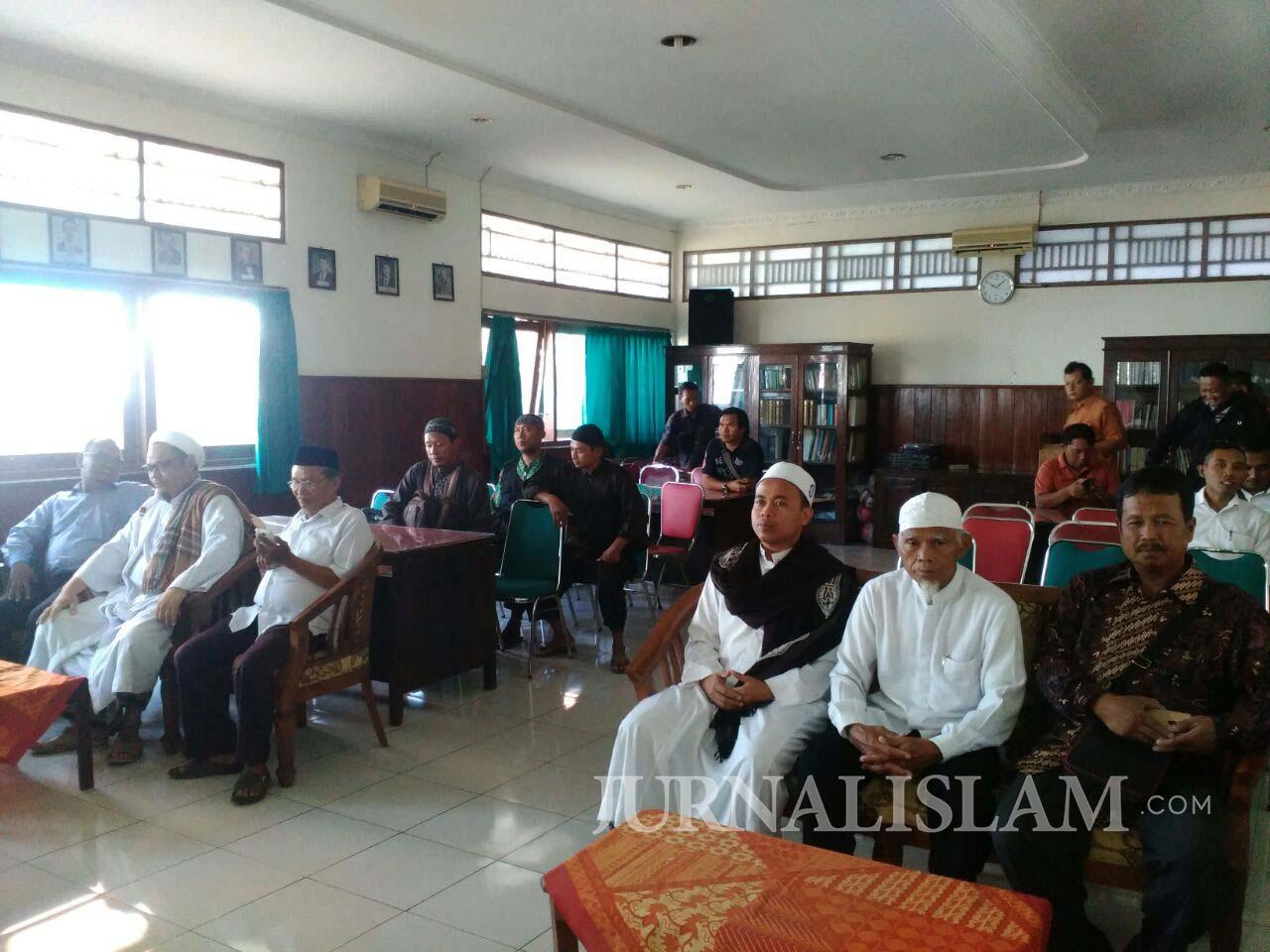 Kawal Kasus Penistaan Agama, Forum Umat Islam Sragen Sambangi Kejari