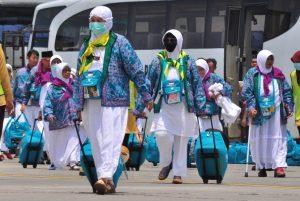 Jamaah Haji Kloter Pertama Bersiap Menuju Makkah