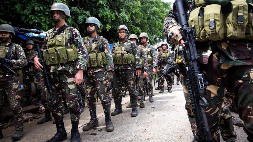 Filipina Bagikan 1 Juta Peso pada Keluarga Tentara yang Tewas di Pertempuran Marawi