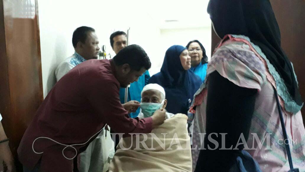 Minta Jadi Tahanan Rumah, Pengacara Ustadz Abu Bakar Ba'asyir Akan Surati Jokowi