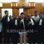 Eksepsi Diterima, Ustadz Alfian Tanjung Bebas