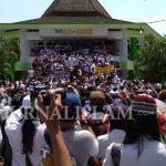 Puluhan Ribu Orang Ikuti Aksi Peduli Rohingya di Masjid Annur Magelang