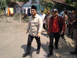 Hindari Blokade, Dahnil Susuri Sungai Menuju Aksi Peduli Rohingya Magelang