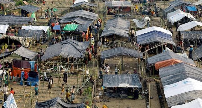 Kampanye Vaksinasi Kolera Terbesar di Dunia Digelar di Kamp Pengungsi Rohingya