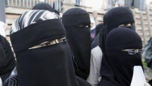 Larang Bercadar dan Penyebaran Al Qur'an, Aktivis dan Para Ahli Kecam Undang-undang Austria