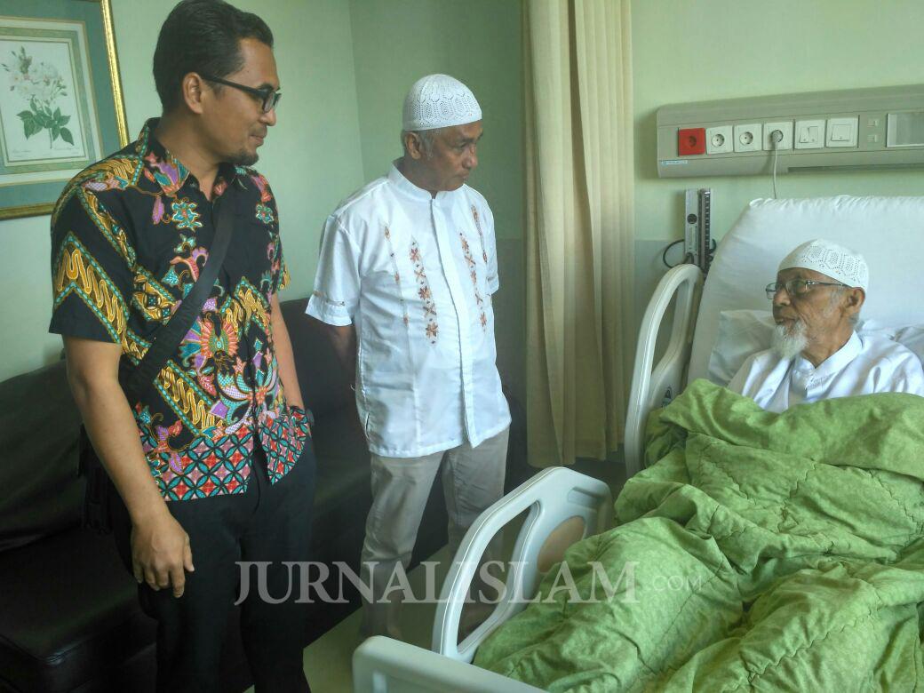 Kesehatannya Menurun, Ustadz Abu Bakar Ba'ayir Dirawat di RSCM
