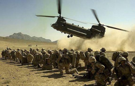 Taliban: Helikopter Tempur Chinook Amerika Ditembak Jatuh di Begama, Puluhan Tewas