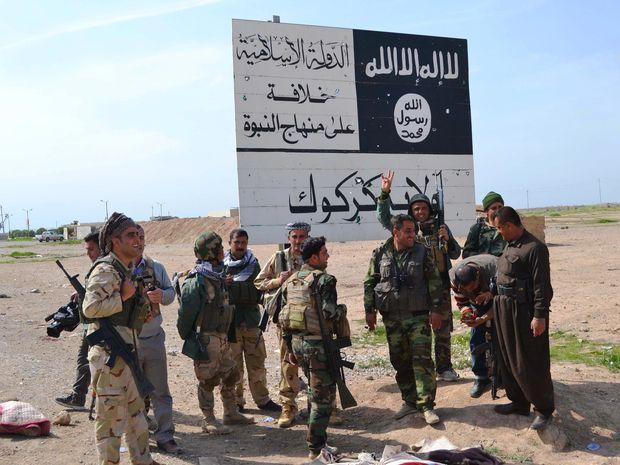 Irak: Milisi IS Sogok Pasukan Peshmerga untuk Bisa Kabur dari Hawija