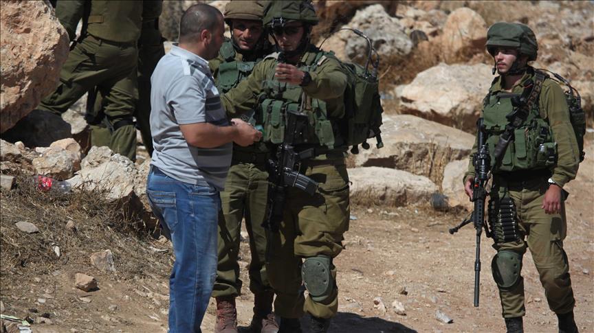 Ujug-ujug Pasukan Zionis Serang dan Tahan 22 Warga Palestina