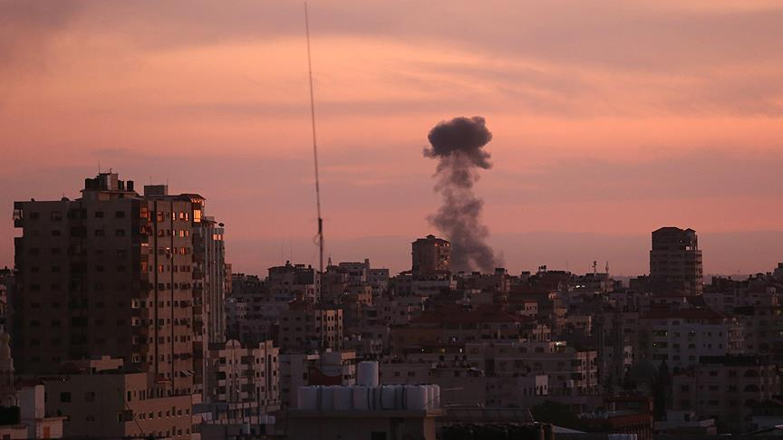 Pasukan Israel Mulai Serang Gaza dengan Pesawat Tempur dan Tank